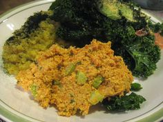 Curried carrot cashew salad. Raw vegan recipe
