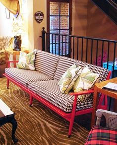 Pick your favorite popular sofa patterns, and find the best pillows to make it work.