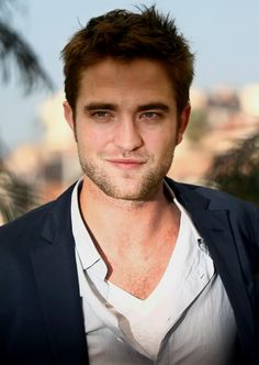 Holy Hotness!!! Robert Pattinson