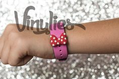 Minnie Bow Vinylies for Disney Magic Bands by Vinylies on Etsy, $5.00