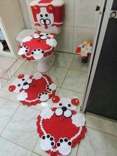 Simply Crochet : Crochet Bunny with Carrot Rug Free Pattern Crochet Bunny, Crochet Home, Diy Christmas Decorations Easy, Christmas Diy, Bathroom Crafts, Bathroom Sets, Simply Crochet, Crotchet Patterns, Crochet Designs