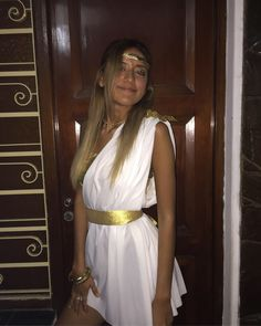 Fancy Dress Costumes Couples, Costumes For Women, Toga Outfits, Toga Party Costume, Cute Halloween Costumes, Pirate Costumes, Halloween Disfraces, Diy Greek Goddess Costume, Diy Toga