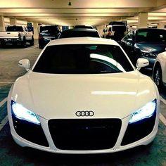 Can you tell that I'm a tad bit Audi obessed? Can you tell that I'm a tad bit Audi obessed? Sexy Cars, Hot Cars, Maserati, Ferrari, Sexy Autos, Volkswagen, Mercedes Benz G, Audi R8 V10 Plus, Audi A8