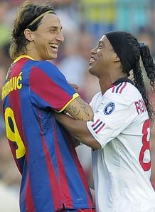 Ronaldinho and Zlatan Ibrahimovic  Ac Milan and FC Barcelona. Two Kings having fun! Wouldn't it be fun to see both Kings play in USA?! Zlatan, please join the MLS!