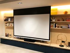 Installation Home Cinema, Ecran Projection, Flat Screen, Products, Solving Equations, Home Theaters, Townhouse Interior, Good Ideas, Blood Plasma