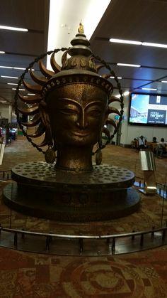 #magiaswiat #podróż #zwiedzanie #indie #blog #azja #zabytki #swiatynia #miasto #kosciół #katedra #yamuna #krsna #shiva #durga #vrindavan Durga, Shiva, Indie, Blog, Blogging, Lord Shiva