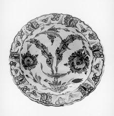 Iznik Fritware Plate