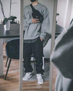 Hip Hop Fashion, Urban Fashion, Fashion Tips, Fashion Hacks, Urban Outfits, Trendy Outfits, Teen Boy Fashion, Black Jeans Outfit, Androgynous Fashion