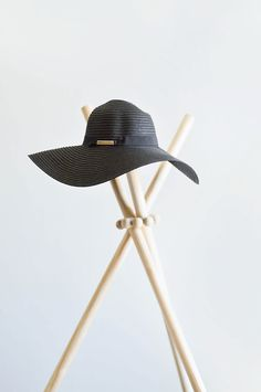 DIY Hat Stand Tutorial