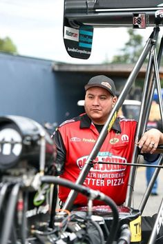 Leah Pritchett pilots the Papa johns Pizza T/F Dragster with DSR Team for the first time at The Northwest Nationals.