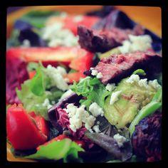 Avocado Ribeye Salad  Ingredients 2 big handfuls of spring mix.  1 Small Avocado Sliced Thin 1/2 Red Bell Pepper 4 oz Grilled Ribeye cooked med rare  Dressing 2 Tbsp Red Wine Vinegar 2 Tbsp Feta  @javi_mendoza for more fun recipes