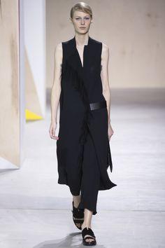 Boss Spring 2016 Ready-to-Wear Fashion Show - Julia Nobis