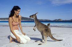 HOLA AUSTRALIA es una agencia de viajes con una notable diferencia. Además de ofrecer viajes especializados y personalizados a Australia, asesoramos en detalle al viajero, para que su experiencia australiana sea sorprendente y memorable. www.holaaustralia.com