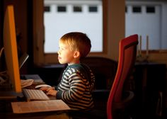 How Parents Can Protect Kids' Online Safety? Parenting Workshop, Co Parenting, Parenting Websites, Parenting Classes, Parenting Toddlers, Parenting Ideas, Parenting Quotes, Way To Make Money, Make Money Online