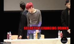 VIXX // omg xD Sneaky leo.. ;) Ravi is just like I see what you did there...acting all sneaky and shit but I saw you.. <_<