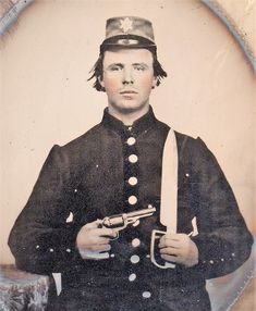 Private Peter Sederick Woodson Age 24 served in Company B, Tennessee Infantry until Dec. Later served with Nathan Bedford Forrest. Tate of Jackson, Tennessee. Confederate States Of America, America Civil War, People Photography, War Photography, Civil War Photos, Tennessee Volunteers, Historical Photos, Black And White Photography, Military