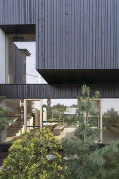Gallery of 3SHOEBOX House / OFIS Architects - 32
