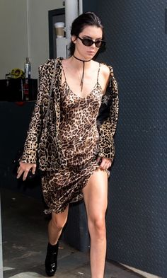 Kendall Jenner love leopard Mode 2016, Laly, Le Style De Kendall Jenner,  Kendall 55ca848f222