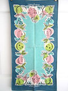 Vintage Towel Smiling Kitchen at NeatoKeen