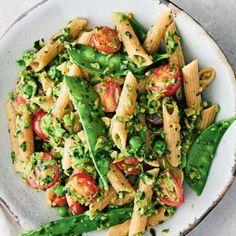 Wholewheat pasta with watercress pesto