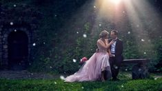 Signs Guys Like You, When Youre In Love, Princess Ball Gowns, Curl Styles, Bridal Gowns, Wedding Dresses, Cute Messages, Sunset Wedding, Short Wedding Hair
