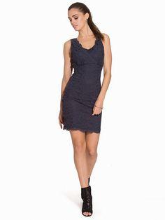 Felicia Dress Felicia, Dresser, Formal Dresses, Design, Fashion, Scale Model, Dresses For Formal, Moda, Powder Room