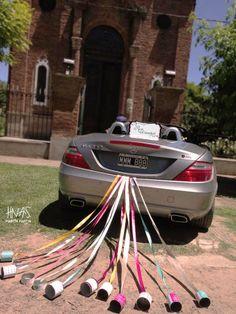 Kit auto + latitas + cartel de recién casados