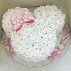 Add twin girls name Ariel Baezil - Rezepte - Kuchen Mini Mouse Cake, Minnie Mouse Birthday Cakes, Minnie Mouse Baby Shower, Mickey Mouse Birthday, Minnie Mouse Party, 2nd Birthday, Mouse Parties, Birthday Ideas, Bolo Minnie