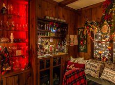 Vintage Christmas Pub bar.    Buffalo Christmas House Tour 2016