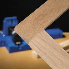 The Kreg Jig® incorporates the best features of every Kreg Jig® that came before, with innovative upgrades you've never seen. Kreg Jig Projects, Beginner Woodworking Projects, Woodworking Workshop, Woodworking Classes, Popular Woodworking, Woodworking Crafts, Wood Projects, Woodworking Furniture, Outdoor Projects