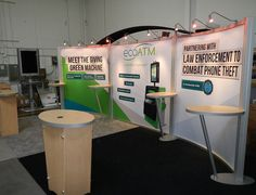 Keep a modern look with this 10' x 20' trade show booth rental design.