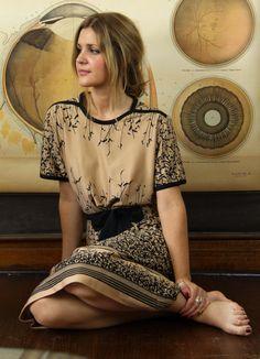 Vintage tan brown sun dress with black tie belt and floral detail Little Dresses, Pretty Dresses, Beautiful Outfits, Cute Outfits, Gorgeous Dress, Style Japonais, Moda Casual, Estilo Fashion, Looks Vintage