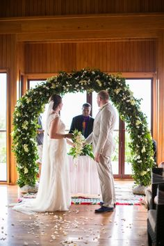 Kylie & Andrew — Outrigger on the Lagoon Fiji - Fiji Destination Wedding Blog — Bula Bride