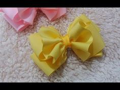 Hair Bows of Grosgrain and satin ribbons Fabric Bow Tutorial, Hair Bow Tutorial, Ribbon Hair Bows, Diy Hair Bows, Ribbon Art, Ribbon Crafts, Fabric Bows, Fabric Flowers, Homemade Bows