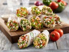 Vegetarian Options, Vegan Vegetarian, Pita Pit, Lunches And Dinners, Meals, Calorie Calculator, Greek Chicken, Healthy Choices, Catering