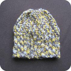 (Crochet Hat Pattern - Scroll down for the pattern in English) De Muts waar ik aan bezig was is af! Net op tijd voor de kou en de sn...