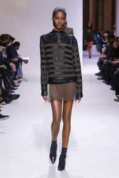 Balmain Fall 2018 Menswear Fashion Show Collection 퍼니잼.com #공짜#무료#웹툰미리보기 #성인웹툰 #영화다시보기 #최신영화 #최신웹툰 #드라마 #예능 #다시보기 #미리보기#퍼니잼웹툰 #성인웹툰무료 #웹툰무료 #웹툰공짜