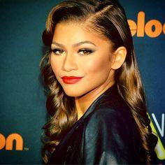 Photos: Zendaya So Classy For The 2014 Nickelodeon HALO Awards November 15, 2014