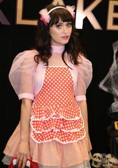 HALLOWEEN Irina Rimes ! #irinarimes #cute Ivy, Singer, Halloween, Artist, Cute, Fashion, Moda, La Mode, Artists
