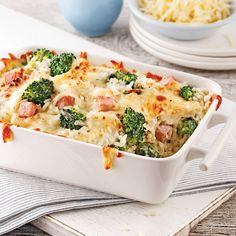 Gratin de jambon, riz et brocoli - 5 ingredients 15 minutes What You Eat, Couscous, Quinoa, Casseroles, Broccoli, Ham, Macaroni And Cheese, Magazines, Menu