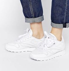 online retailer c32d4 90cdf Shop Reebok Classic leather trainers in white at ASOS.