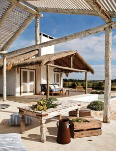 Amazing Beach House in Comporta, Portugal Modern Outdoor Living, Modern Living, Beach Shack, Beach Cottages, Beach Houses, Beach Fun, Summer Beach, House In The Woods, Outdoor Spaces