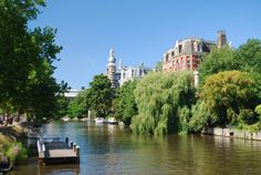 Décollage immédiat pour Amsterdam, la ville de briques. ~ Grenadine Acidulée - le blog lifestyle à Lyon