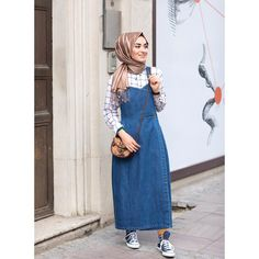 Salopet 🙈 elbise efsanesi ❤️ Detaylar için dm veya Whatsapp 05321138995 Muslim Fashion, Hijab Fashion, Skirt Fashion, Fashion Dresses, Casual Outfits, Cute Outfits, Hijab Outfit, Muslim Women, Anime Outfits