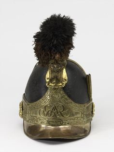 Officers' helmet worn by Captain William Tyrwhitt Drake, Royal Regiment of Horse Guards, 1815 (c) British Army Uniform, British Uniforms, Helmet Armor, Arm Armor, Military Fashion, Military Hats, Military Uniforms, Napoleonic Wars, Online Collections