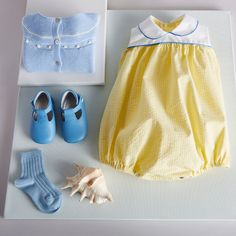 Classic White & Yellow Cotton Romper with Peter Pan Collar – PEPA AND CO Little Girl Outfits, Baby Boy Outfits, Kids Outfits, Summer Outfits, Baby Girl Romper, Baby Girl Dresses, Newborn Outfits, Girls Rompers, Classic Outfits