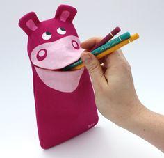 Stiftemäppchen Nilpferd Molli by JulicaDesign / Geschenk zur Einschulung, Schulanfang