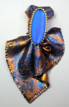 https://flic.kr/p/qRXWxR | I added this cobalt blue stone in the center | OLYMPUS DIGITAL CAMERA