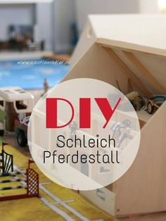 DIY We build a Schleich horse stable + riding hall - Crafts And Diy Trends Schleich Horses Stable, Horse Stables, Matilda, 7 Month Olds, Horse Crafts, Craft Activities For Kids, Diy For Kids, Repurposed, Diy And Crafts