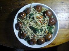 Spaghetti met spinazie, gehaktballetjes en tomaat | | Goed en gezond eten